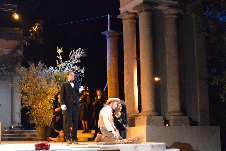 Licinium in scena la dodicesima notte di shakespeare - Liceo carlo porta erba ...