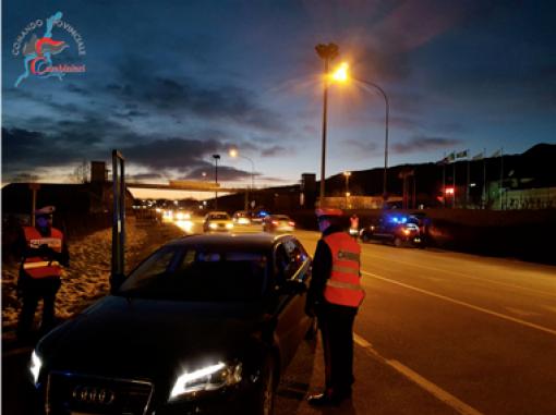 Controlli dei Carabinieri di Fasano: un arresto e tante denunce