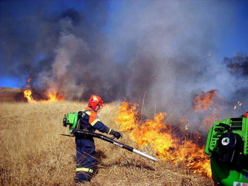 incendio-bollettone-volontari
