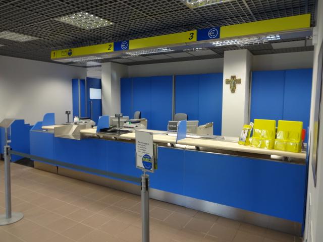 Ufficio Postale San Lorenzo Nuovo : Santena inaugurato il nuovo ufficio postale in via principe