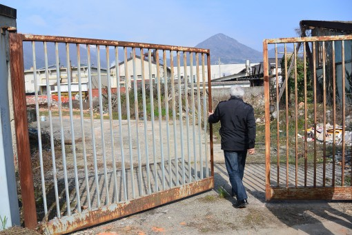 Cantiere Iperal smaltimento amianto marzo 2014