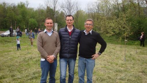 Assessore al Verde Andrea Redaelli, il Sindaco Borgonovo e il Presidente Motoclub Parini Walter Gaiardoni