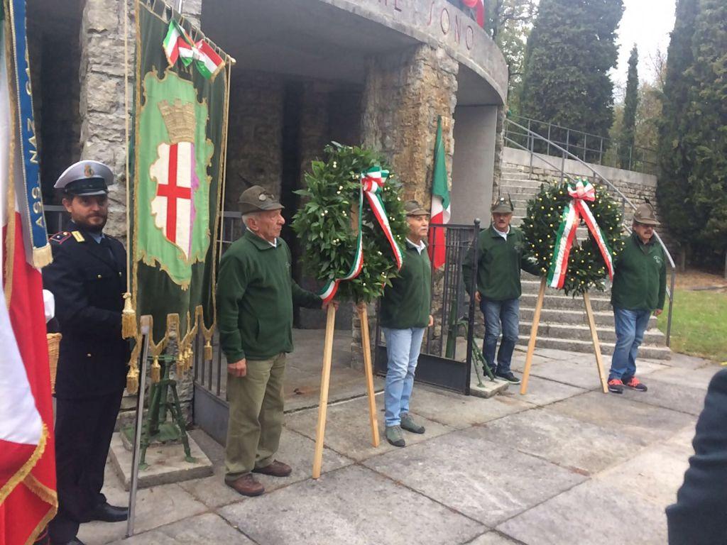 Erba commemora la Giornata dell Unità Nazionale e delle Forze Armate ... a9a529905cdc