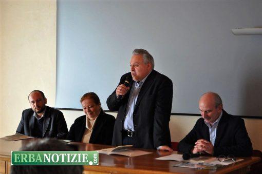 Canzo racconta tutto il programma del 3 festival letterario erbanotizie - Nava piastrelle canzo ...